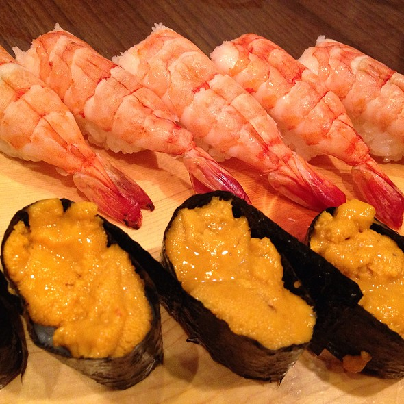 Uni Sushi @ いなせ寿司六ツ川店
