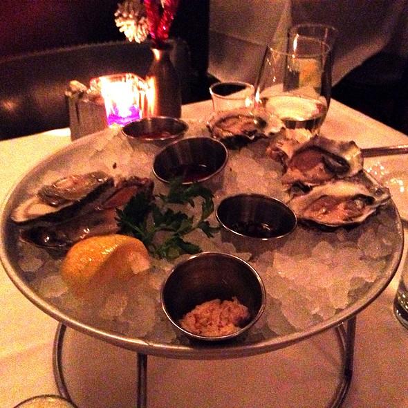 Miranda Cove Oysters - Atlantic Grill, Eastside, New York, NY