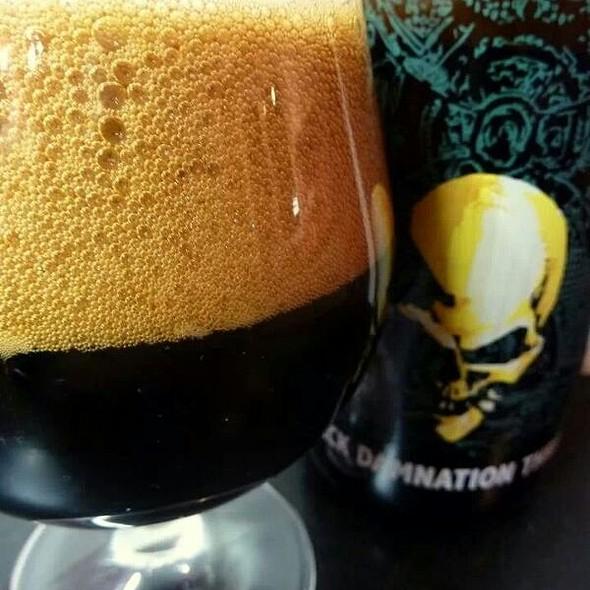 Black Damnation Three-Black Mes @ De Struise Brouwers (Vdaco)