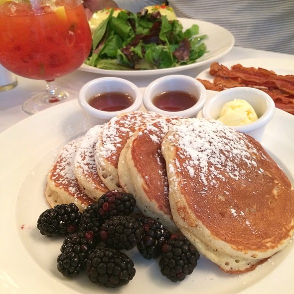 Lemon Ricotta Pancakes @ Sarabeth's Central Park South