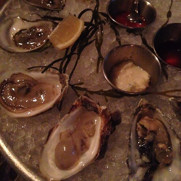 West Coast Oysters @ Delphine