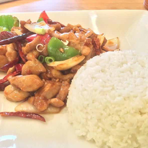 Kung Po Chicken @ C Y Sushi Noodle
