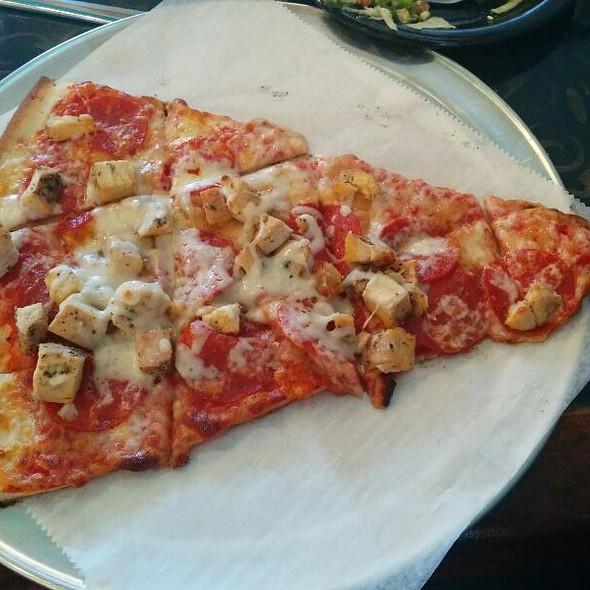 Pizza @ Milwaukee Deli