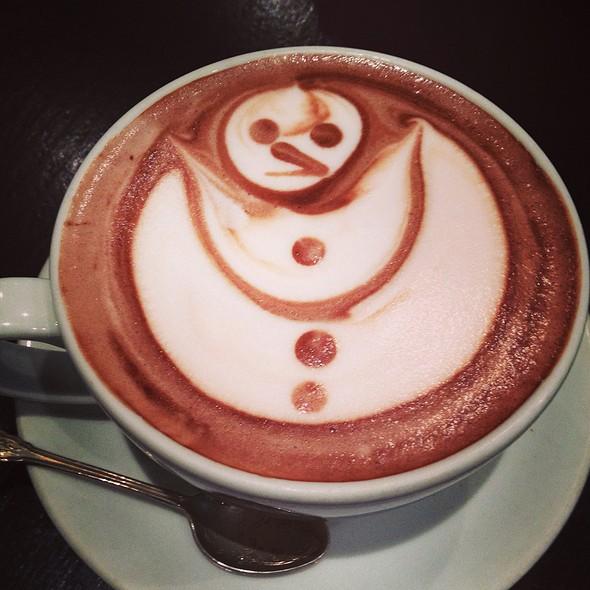 Hot Chocolate @ Saint Caffe