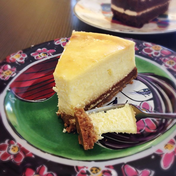 Lemon Ginger Cheesecake @ This & That Cafe