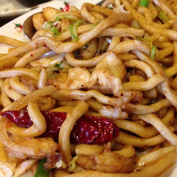 House Special Chow Mein Noodle Shop Men...