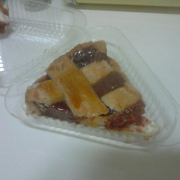 Guava Jam Pie @ La Carreta Miami Airport