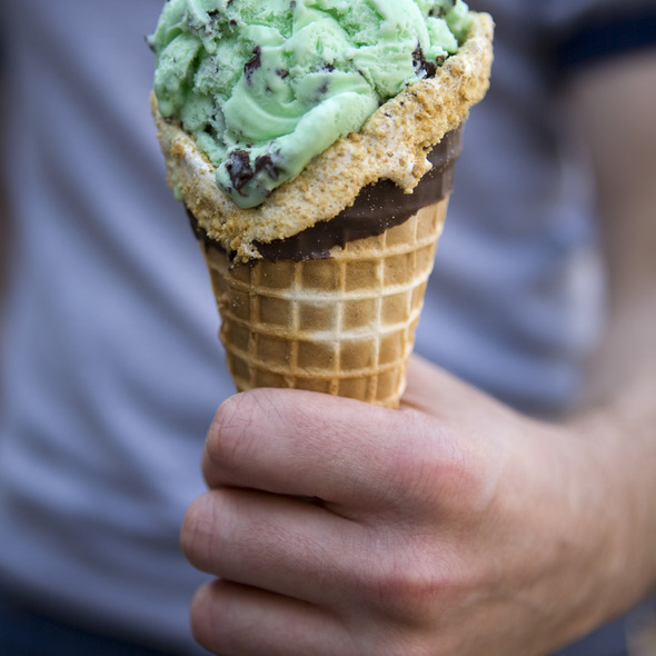 Chocolate Mint Ice Cream @ Windy City Sweets