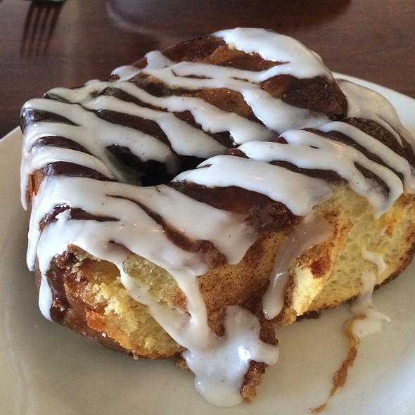 Brioche Cinnamon Roll @ Presidio Social Club