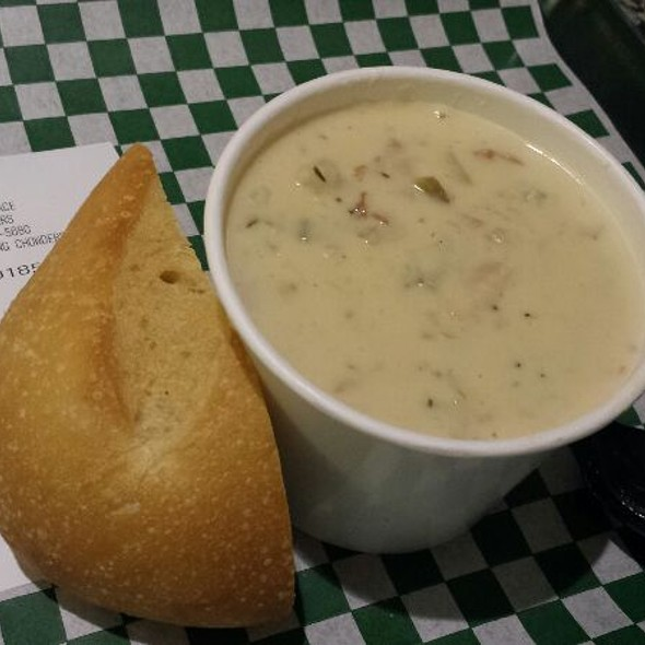 Clam Chowder @ Pike Place Chowder Restaurant  - Downtown Seattle