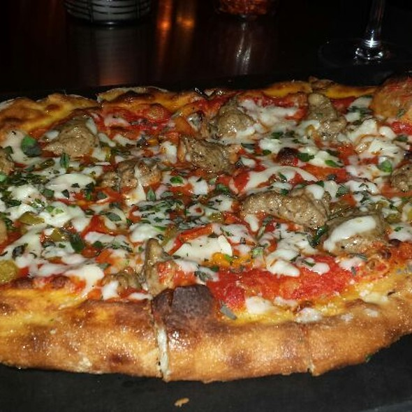 Fennel Sausage and Peppers Pizza @ Serious Pie