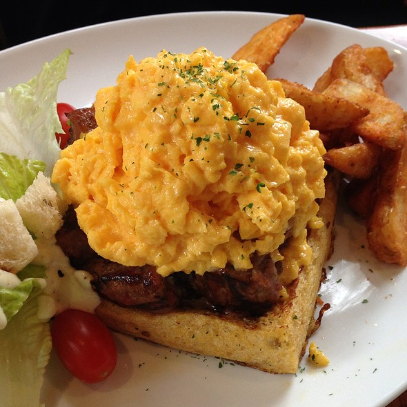 Steak & Scrambled Egg Toast