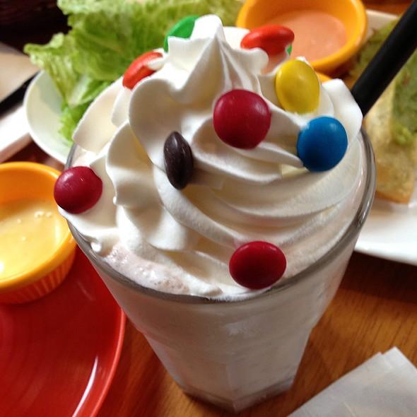 M&M Milk Shake