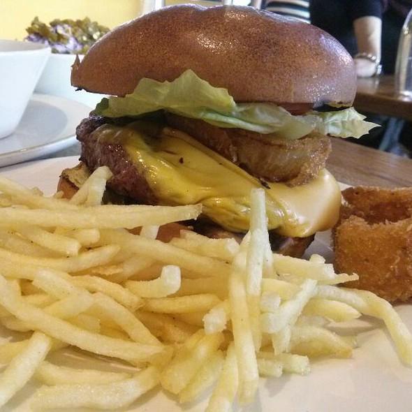 American Cheese Burger @ Gourmet Burger Kitchen Westfield