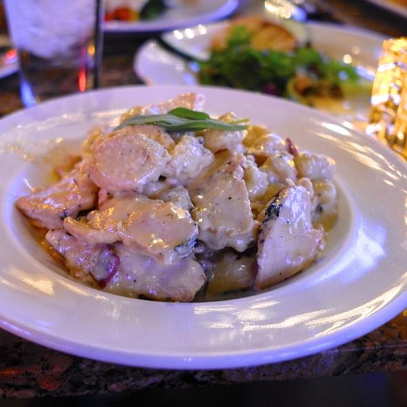 Chicken Tortellini - Caffe Boa - Phoenix, Phoenix, AZ