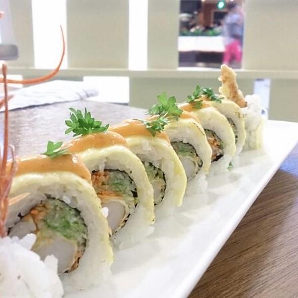 Tempura Roll @ Sakae Sushi