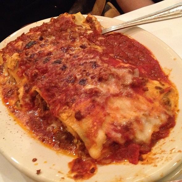 Mom's Lasagna - Maggiano's - South Coast Plaza, Costa Mesa, CA