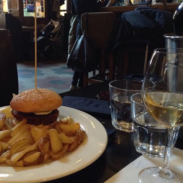 Falafel Burger @ The Perfect Bun