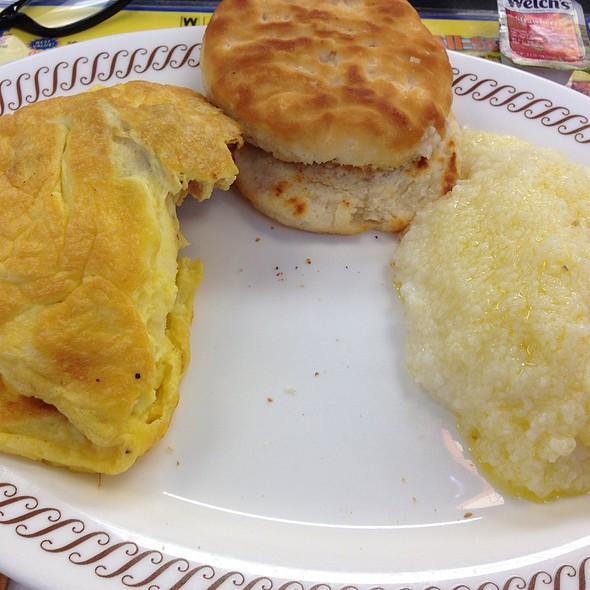 Ham And Cheeser Omelette Plate @ Waffle House