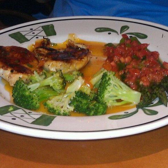Marvelous Venetian Apricot Chicken At Olive Garden