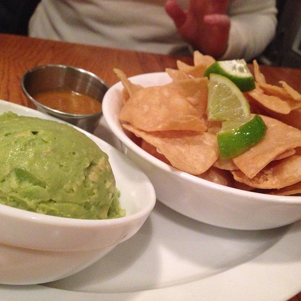 Chips and Guacamole @ Brasa Rotisserie