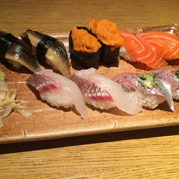 A la Cart Nigiri @ Sushi Tomi Restaurant