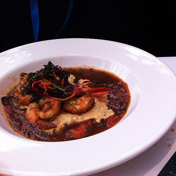 Louisiana Shrimp & Grits @ Commander's Palace Restaurant