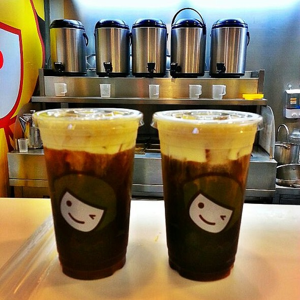 Coffee with Rock Salt and Cheese @ Happy Lemon MoA