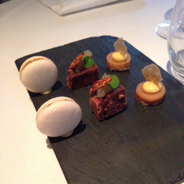 Macarons, Brownie And Caramel @ Sense