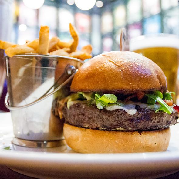 Gold Standard Burger