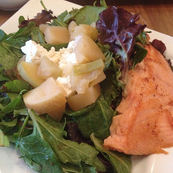 Organic Greens Salad With Salmon, Warm Goat Cheese And Pears - Cafe Muse, Royal Oak, MI
