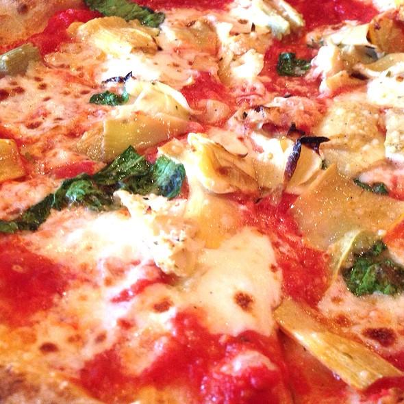 Pizza Margherita @ Dough Pizzeria Napoletana