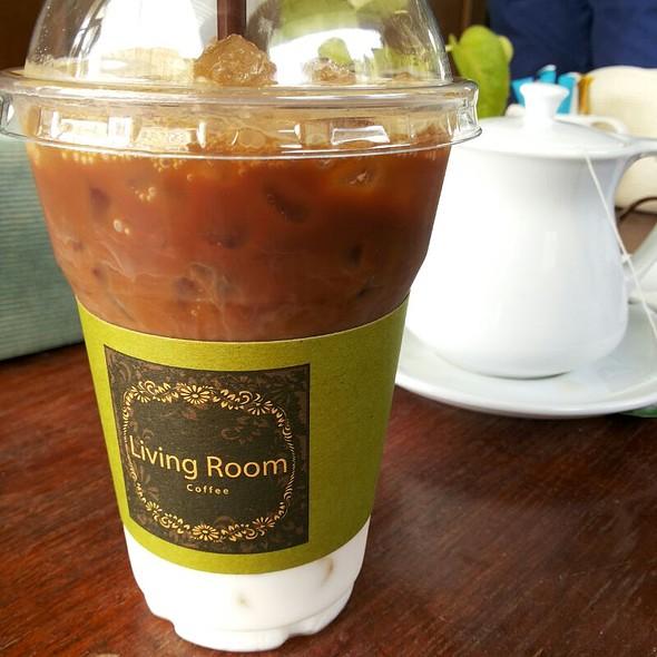 Cafe Latte At Living Room Bistro Hua Hin