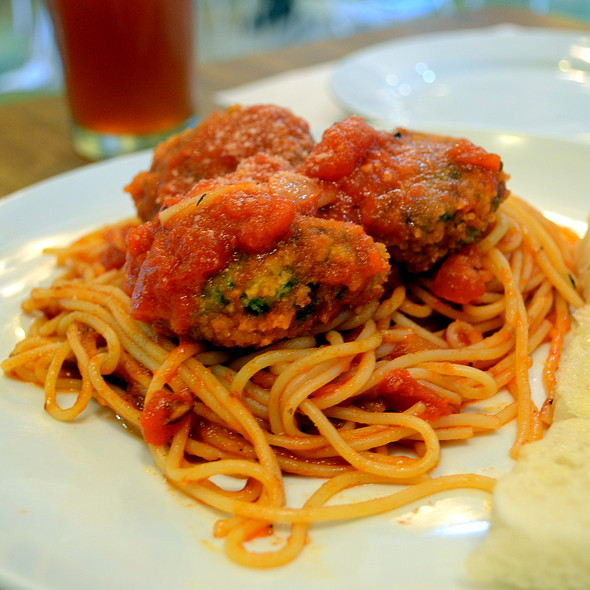Christian's Creamy Tomato Pasta with Spinach Tofu Cheese Balls @ The Old Spaghetti House, SM Calamba