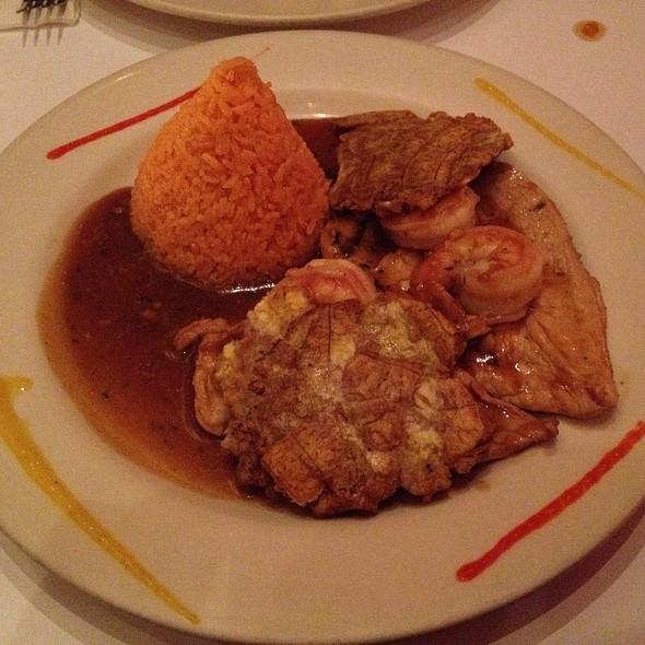 Pollo Con Camarones @ Cabana