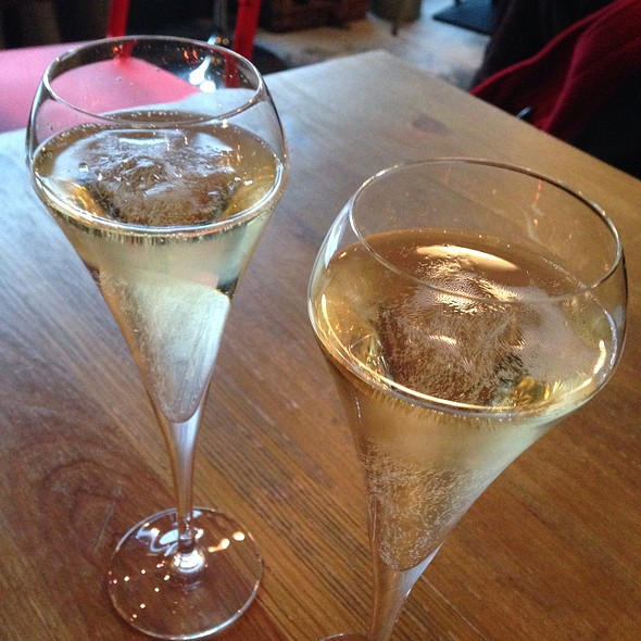 Champagne @ Mange Tout