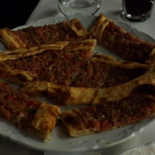 Kiymali Pide @ Wellborn Luxury Hotel