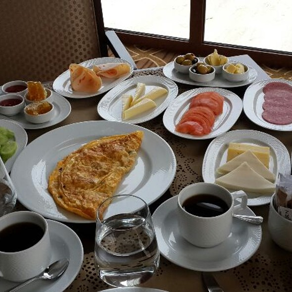 Kahvaltı @ Wellborn Luxury Hotel