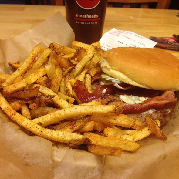 1/3 Meathead Burger W/Fries @ Meatheads
