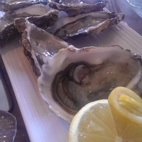 Oysters @ La Chasse Des Princes