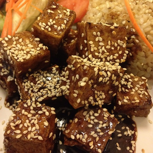 Ginger Tofu With Brown Rice