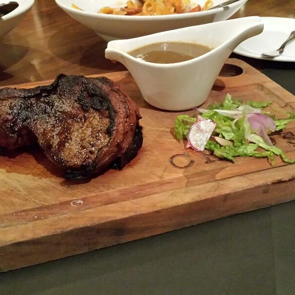 USDA CAB Beef Fillet Mignon @ CHOPS Chicago Steakhouse