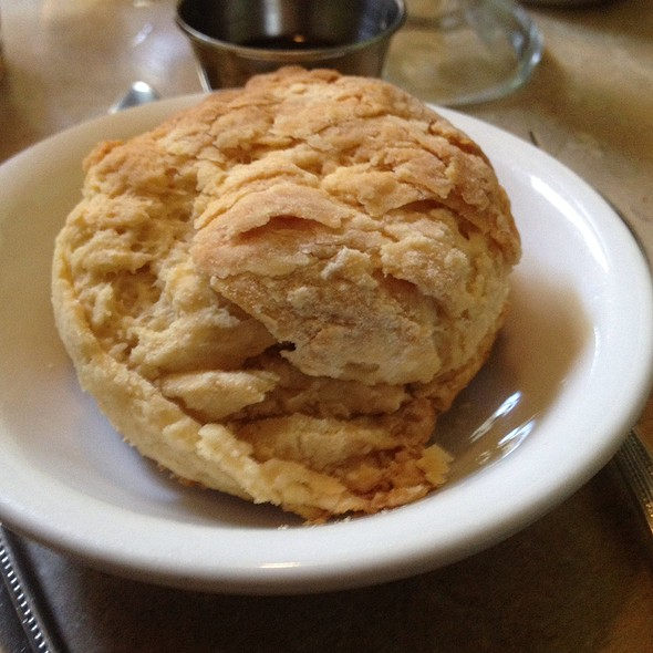 Biscuit @ Laughing Seed Cafe