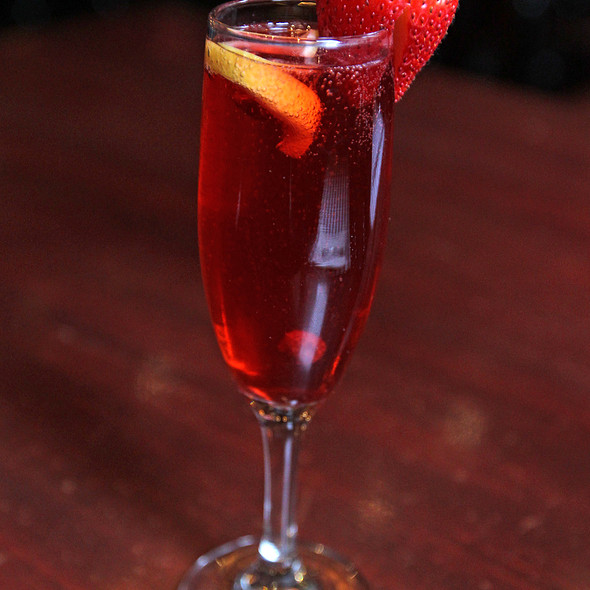 """""""MSG Berry"""" @ Houndstooth Pub"""
