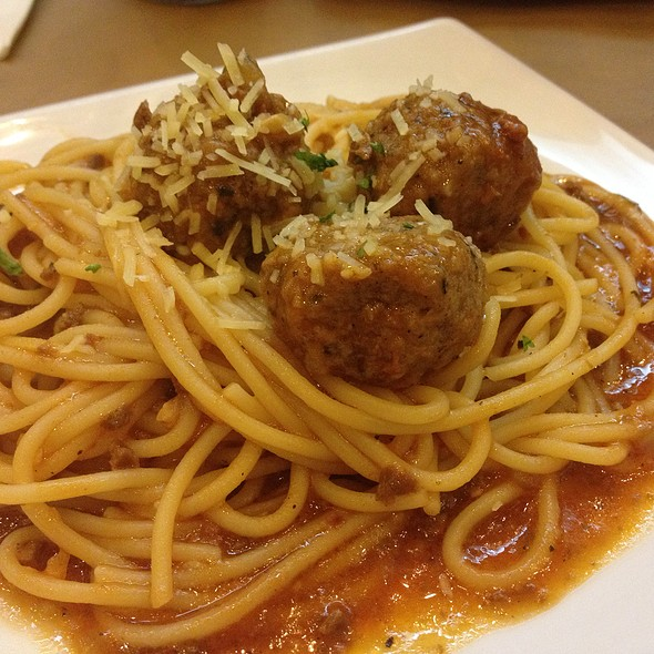 Spaghetti Meat Balls @ Pizza Hut Bistro Eastwood Libis