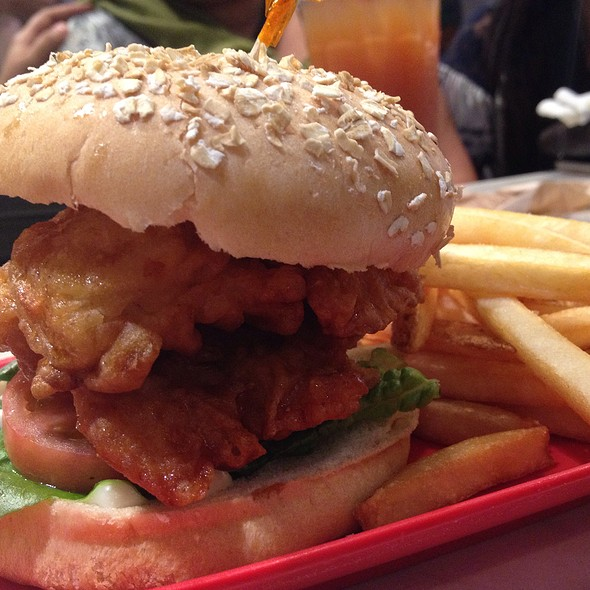 Chicken Sandwich Box Meal @ Bonchon Eastwood Citywalk