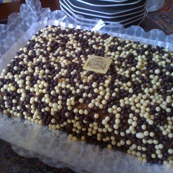 Bolo De Chocolate @ Creme De La Creme