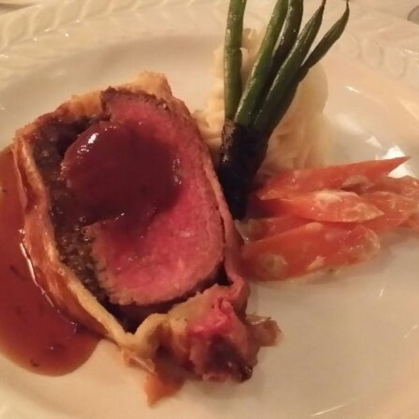 Beef Wellington - Chez Nous French Restaurant, Humble, TX