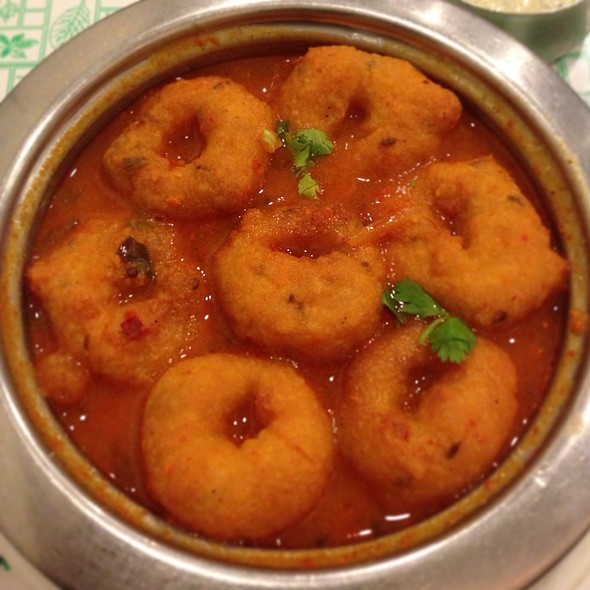 Button Sambar Vada @ Minerva Coffee Shop