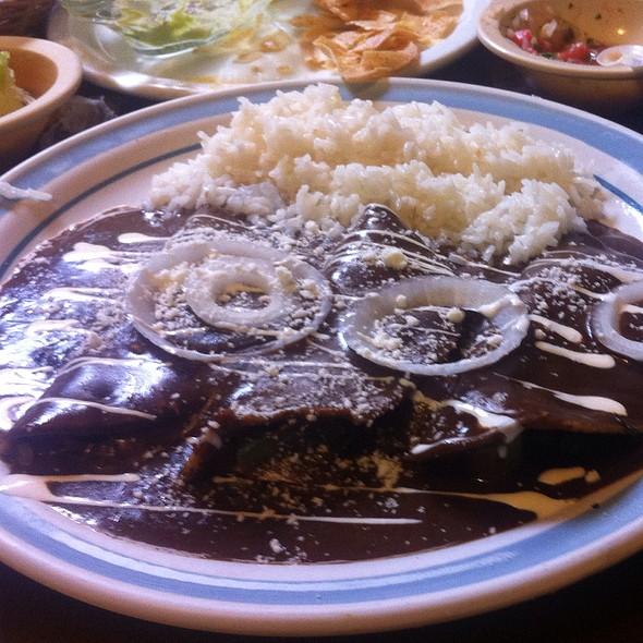Enchiladas Mole  @ deportivo el trapiche del rosario